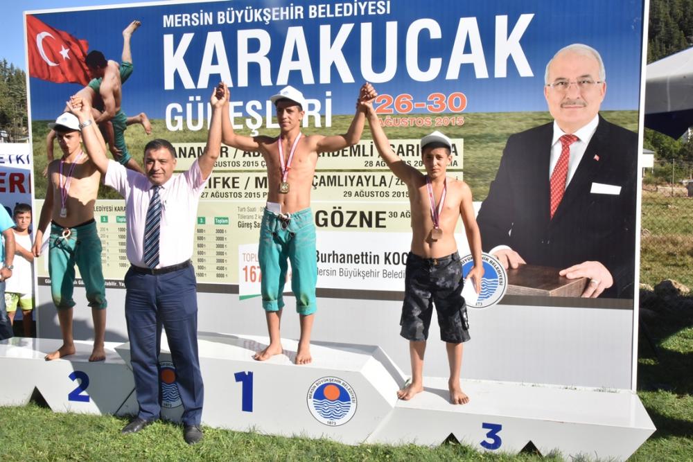 Karakucak Güreşleri Abanoz Yaylası'nda başladı galerisi resim 24