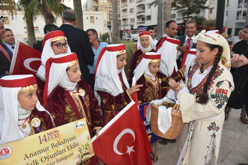 Başkan Türe, Girne 14. Zeytin Festivali'ne katıldı galerisi resim 37