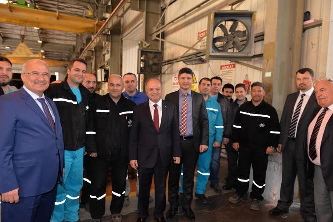 Mersin Valisi Özdemir Çakacak, Trakya Cam Fabrikası'nı ziyaret etti galerisi resim 1