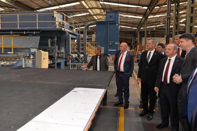 Mersin Valisi Özdemir Çakacak, Trakya Cam Fabrikası'nı ziyaret etti galerisi resim 4
