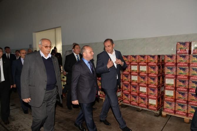 Mut Halkı ve Esnafı Mersin Valisi Özdemir Çakacak'ı bağrına bastı galerisi resim 28