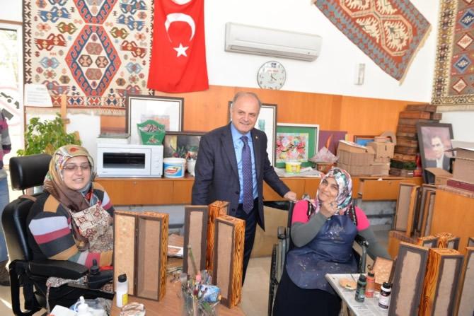 Mut Halkı ve Esnafı Mersin Valisi Özdemir Çakacak'ı bağrına bastı galerisi resim 29