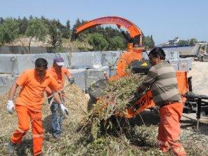 Yenişehir Belediyesi, budanan dalları geri dönüşüme kazandırıyor