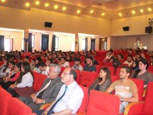 Toros Üniversitesi'nde girişimcilik paneli düzenlendi