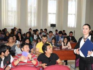 MEÜ'de 'Kariyer Tüyoları' semineri verildi