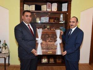 Azerbaycan Heyeti, Başkan Can'ı ziyaret etti