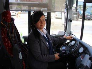 Mersinli Bayan Şöfor Nurdan Özbey, Yılın Şöförü seçildi