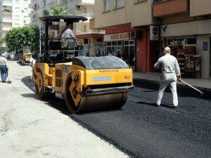 Akdeniz'de asfalt mesaisi hız kazandı