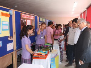 Anamur'da 4006 TÜBİTAK Bilim Fuarı açıldı