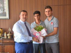 Mersinli öğrenciler Proje Yarışması'nda Türkiye 2. si oldular