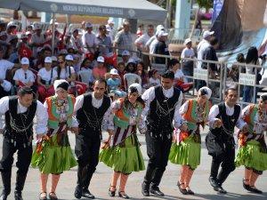 Mersin'de 19 Mayıs Atatürk'ü Anma, Gençlik ve Spor Bayramı coşkusu
