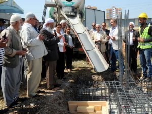 Akdeniz Belediyesi Mahalle Evi'nin temeli dualarla atıldı