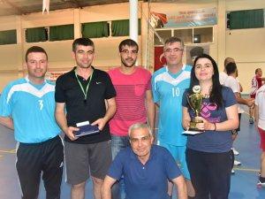 Kurumlar Arası Voleybol Turnuvası'nda şampiyon Maliyespor oldu