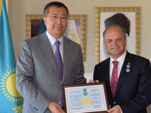 Türkiye ile Kazakistan arasındaki köklü geçmiş, Fahri Konsolosluk ile taçlandı