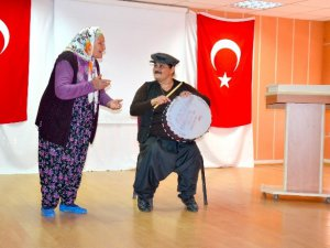 Tiyatrocu kadınlar çıktıkları turneyi tamamladı