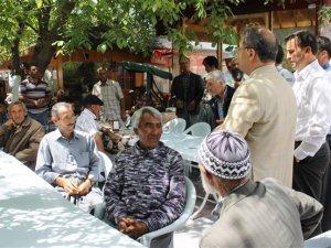 Çamlıyayla Belediye Başkanı İsmail Tepebağlı, Yörüklerin sorunlarını dinledi