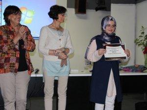 Anadolu Lisesi, Roma Tiyatro Festivali'nden ödüllerle döndü