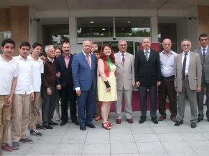 """""""Resim ve El Sanatları Sergisi""""nin açılışını Kaymakam Balaban yaptı"""