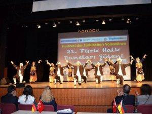 Mersin Halk Dansları rüzgarı Almanya'da esti