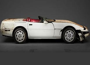 Hasarlı bir milyonuncu Corvette yenileniyor