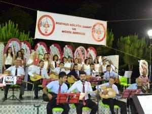 Bozyazı'da Türk Halk Müziği Konseri mest etti