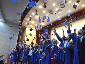 MEÜ Sağlık Yüksekokulu 14. Dönem Mezunları yemin etti