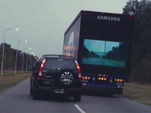 Samsung yine bir ilke imza attı