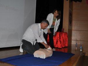 Silifke'de belediye personeline ilk yardım eğitimi verildi