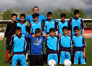 Mersin Büyükşehir Belediyesi'nden 23 Nisan Futbol Turnuvası