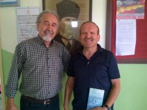 Anamurlu Şair Barış Erdoğan öğretmenlerle buluştu