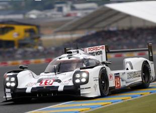 Porsche'dan tarihi zafer