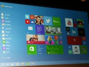 """Windows 10, """"Windows 10'u Alın"""" uygulamasıyla ücretsiz"""