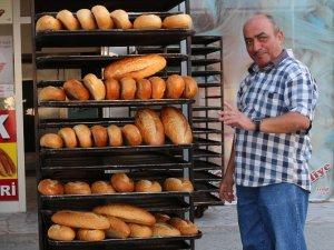 Mut'ta ekmeğe zam tepkisi
