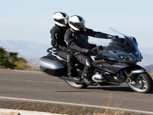 BMW motosiklet'in tercihi Castrol Power 1