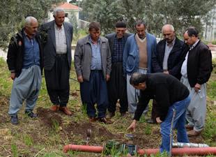 """Kırsaldaki üreticiler eğitiliyor, """"Kaliteli"""" ürün yetişiyor"""