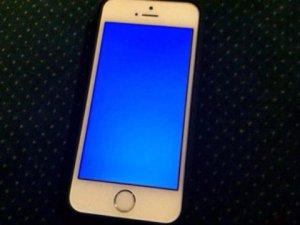 İphone'larda mavi ekran kullanıcıları şoke etti!