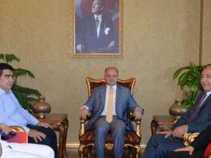 Mersin İdman Yurdu Yönetimi'nden Vali Çakacak'a ziyaret