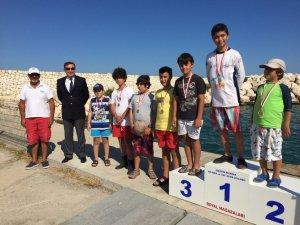 Minik Yelkenciler, Denizcilik ve Kabotaj Bayramı'nı yarışlarla kutladı
