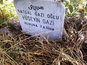 Battal Gazi'nin oğlu Hüseyin Gazi'nin Anamur'daki mezarı bakımsızlık kurbanı!