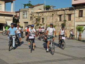 """Mersin'de """"Bisikletli ölümleri dursun"""" eylemi yapıldı"""