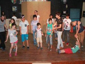 Bir özgüven okulu: Yaratıcı Drama Atölyesi