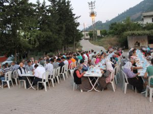 Çamlıyayla'da mahalle iftarları sürüyor