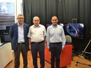 Rektör Özdemir'den öğrencilere burs müjdesi