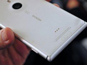 Metal kasalı Lumia telefonlar yolda!