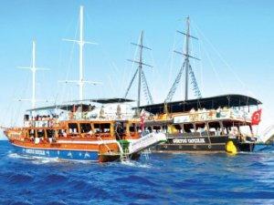 Mersin'de turizm, yat turları ile renklendi