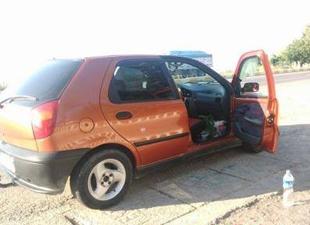 Bozyazı'da namaz kılan adamın aracının camını patlatıp çantasını çaldılar