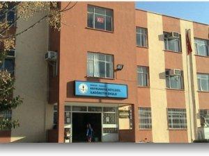 Mersin'de büyük eğitim ayıbı: Borçlu okulların elektriği kesildi!