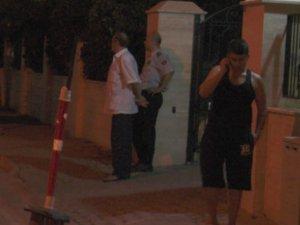 Mersin'de deprem! Akdeniz'deki deprem vatandaşı sokağa döktü