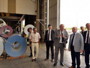 Vali Çakacak'tan Teknopanel Fabrikası'na ziyaret