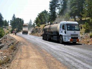 Mersin'de 7 ilçe yolu bakıma alındı